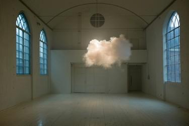 Nimbus, nubes dentro de una habitación