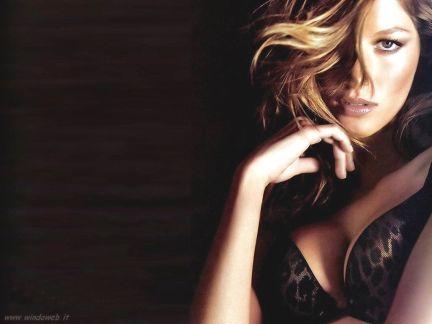 Gisele Bundchen diseñará para Dolce & Gabbana