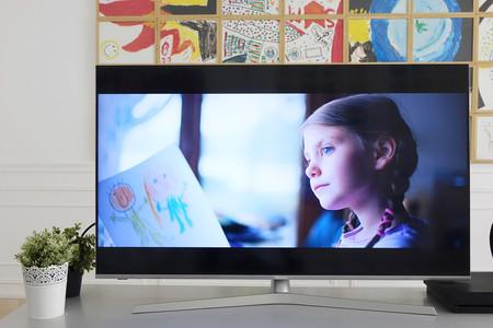 """Hazte con esta ambiciosa smart TV 4K de Hisense con Dolby Vision y panel ULED de 55"""" por menos que nunca: 449 euros en Amazon"""