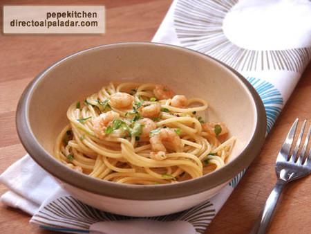 Receta de espaguetis con gambas al pilpil
