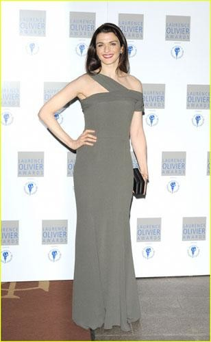 Rachel Wiesz y Kiera Knightley en los Laurence Olivier Awards 2010
