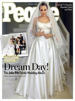Y sí que hay fotos de la boda Jolie-Pitt... ¡Ondiá para el vestido!