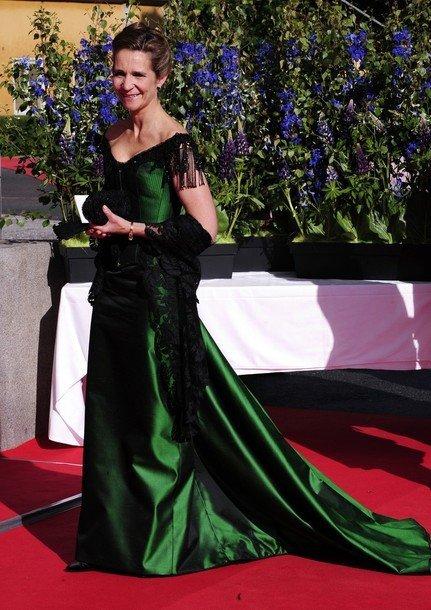 Boda de la Princesa Victoria de Suecia: Infanta Elena