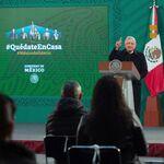 """AMLO propone crear una red social en México para """"evitar la censura"""" de Facebook y Twitter"""