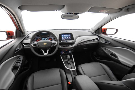 Chevrolet Onix Hatchback 12