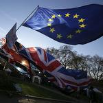 71 euros: lo que separa a los europeos en Reino Unido de retener sus derechos tras el Brexit