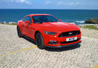 Mientras, en China... el Ford Mustang se vende por 399.800 yuanes