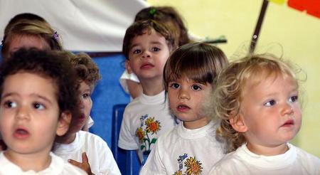Cada vez más niños pasan de la enseñanza privada a la pública