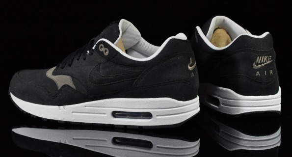 Nike Air Max 1 Black Smoke