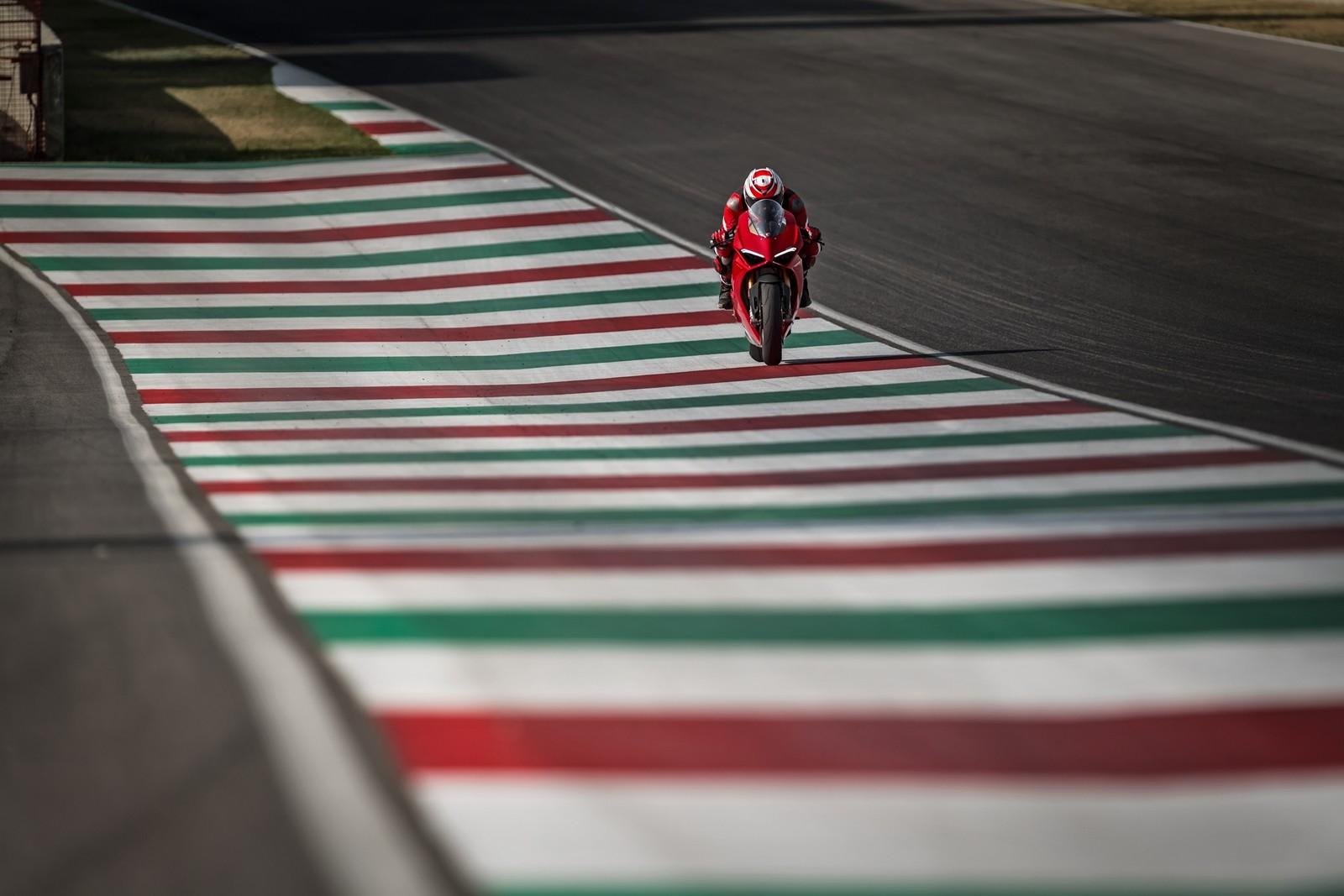 Foto de Ducati Panigale V4 2018 (23/52)