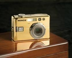 Minox DC 1011 con 10 megapíxeles