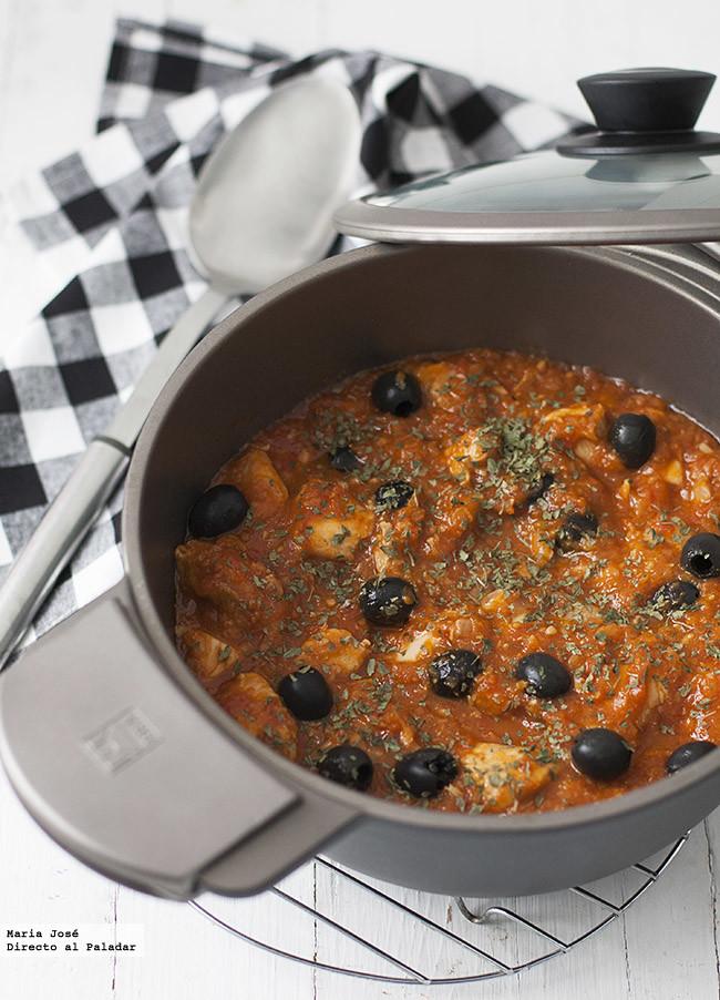 Receta de pollo con aceitunas a la provenzal: disfrutaréis rebañando la salsa del plato (hasta no dejar ni...