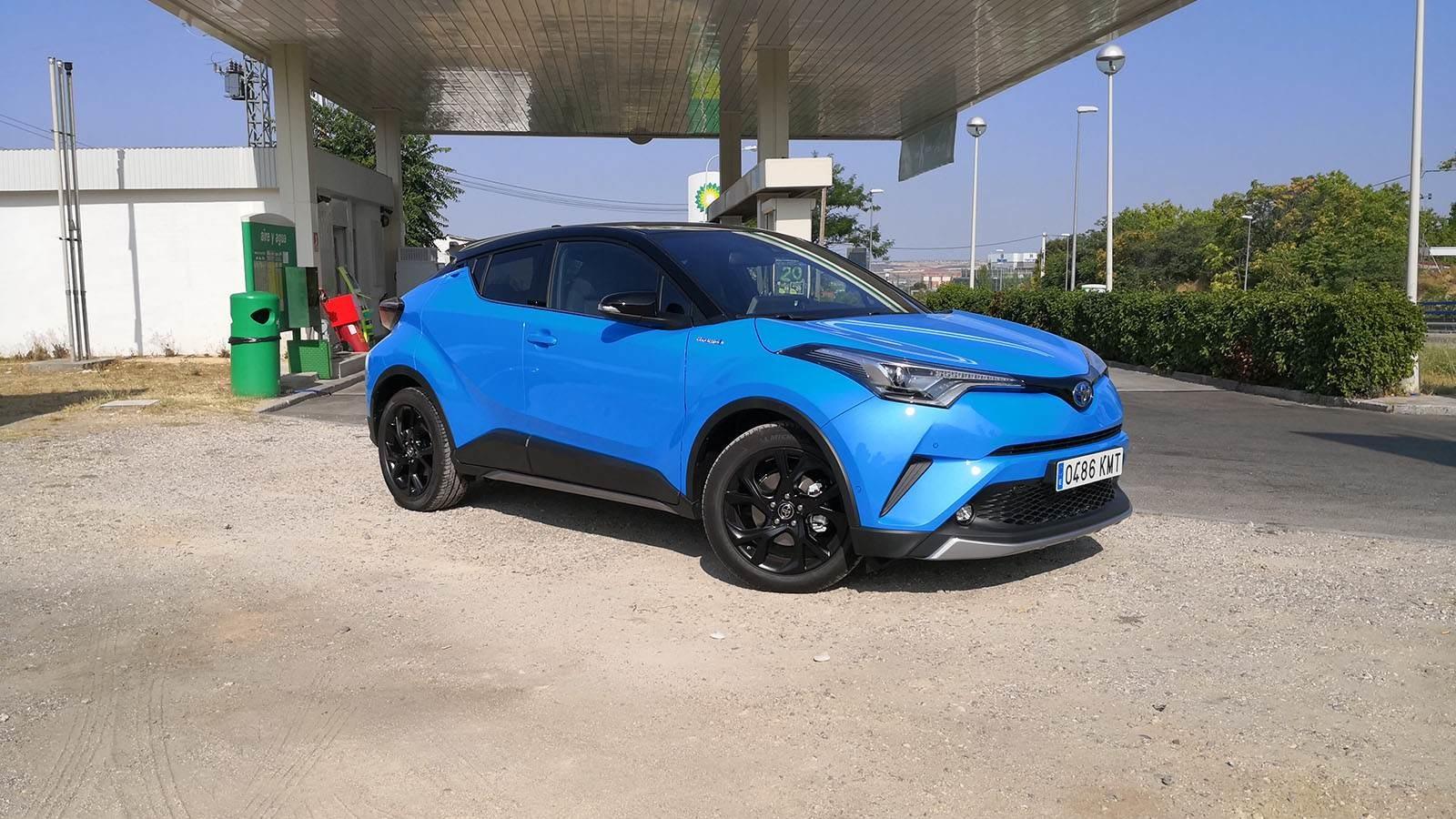 Foto de Toyota C-HR Dynamic Plus - Fotos exteriores (22/30)