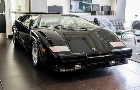 Lamborghini Countach 25 aniversario 1990 nuevo a estrenar