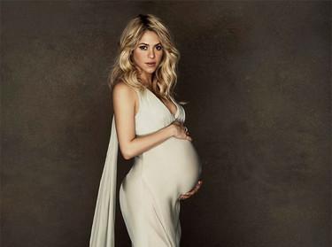 """La posible """"inne-cesárea"""" de Shakira y Piqué reabre el debate sobre el modo de nacer"""