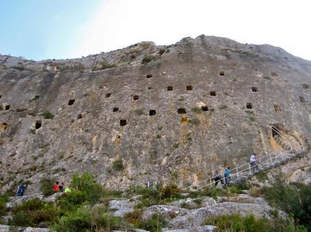 Visita a Covetes dels Moros en Bocairent, Valencia