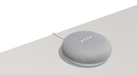 Altavoz inteligente Google Home Mini con 30 euros de descuento en Fnac