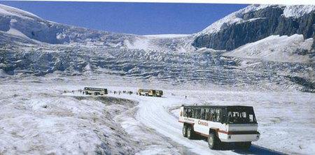Los campos de hielo de Columbia, Canadá