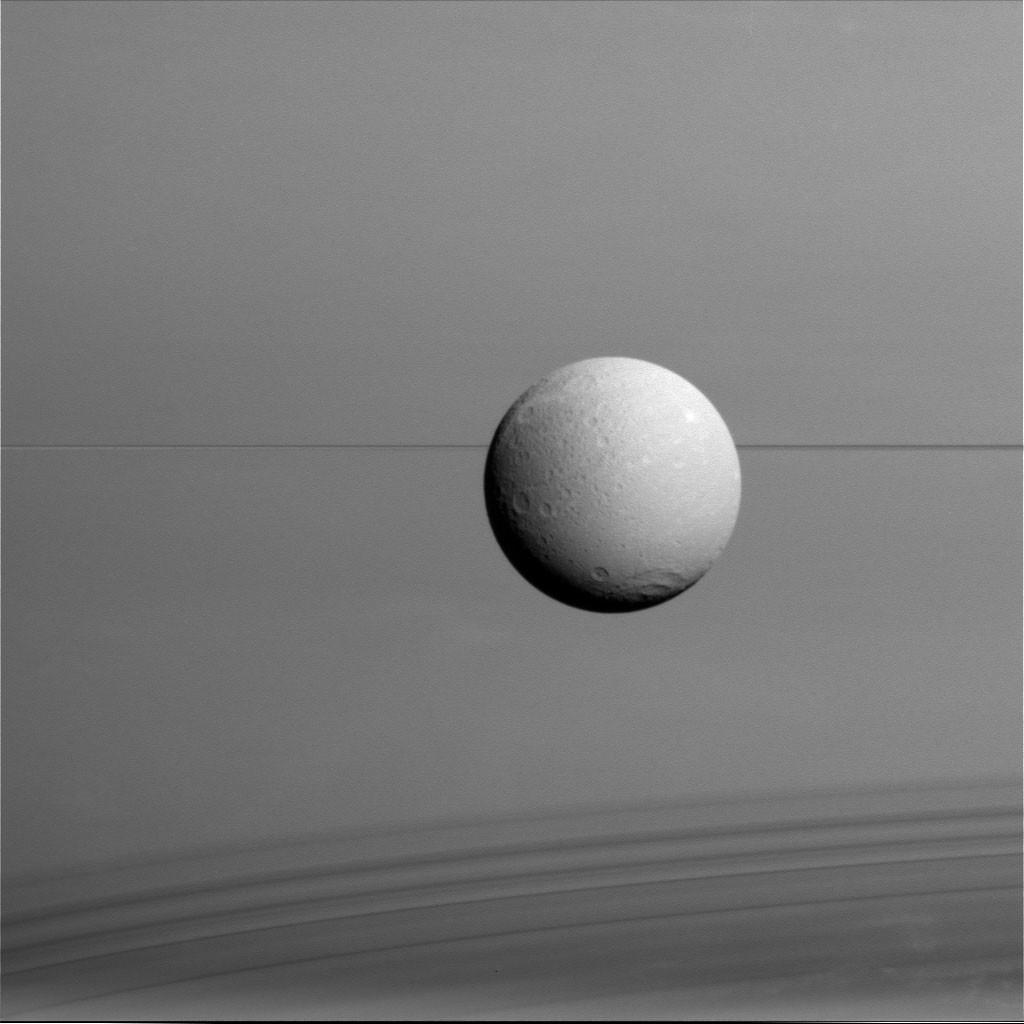 Foto de Fotografías de la misión Cassini (2/9)