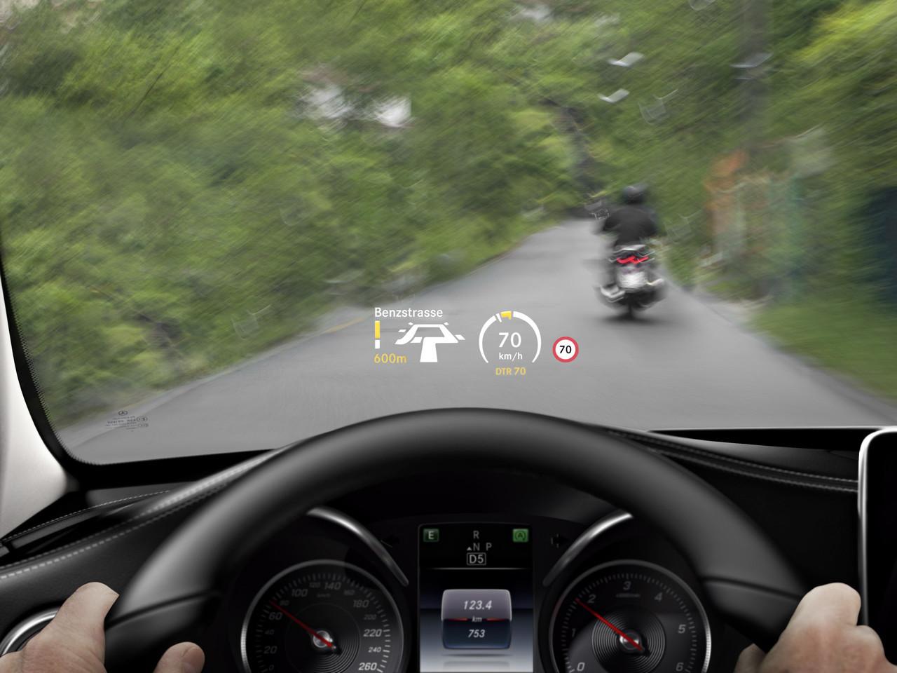 Foto de Mercedes-Benz Clase C 2014, tecnología (1/45)