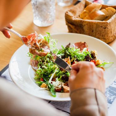 Las cinco dietas más efectivas y seguras para perder peso (y, además, son muy saludables)