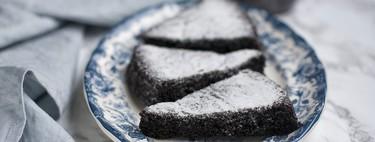 Tarta de chocolate y aceite de oliva sin lácteos, un placer para sibaritas y fans del chocolate negro