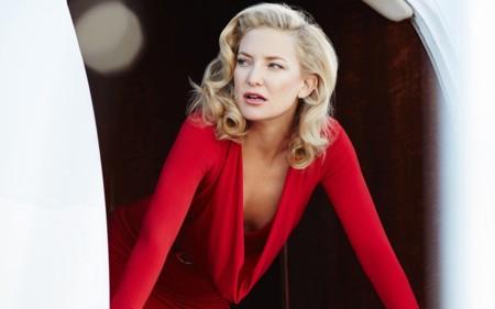 Kate Hudson nos cautiva como protagonista del calendario Campari 2016