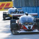 La primera carrera con coches autónomos terminó en accidente: Roborace en Argentina