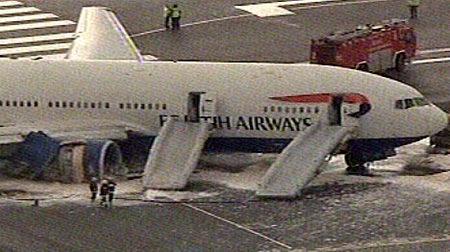 Cómo usar los toboganes inflables del avión