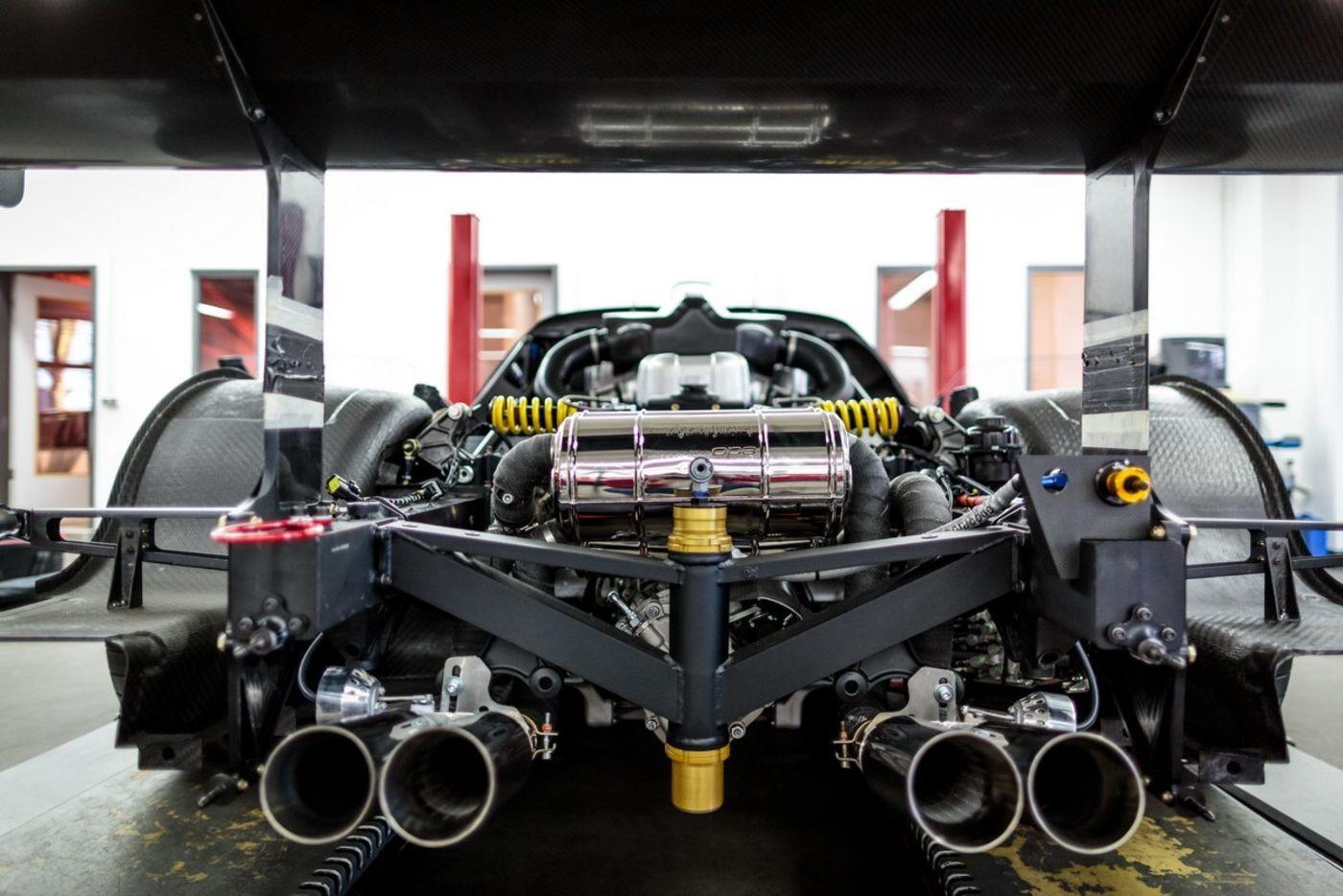 "Foto de Maserati ""edo MC12 VC"" (4/21)"