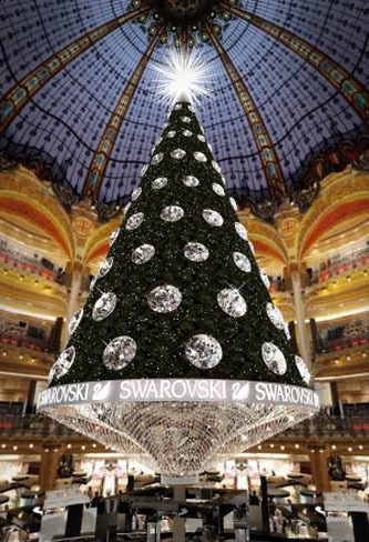 Este año, el árbol de Navidad de Galerías Lafayette lo firmará Swarovski