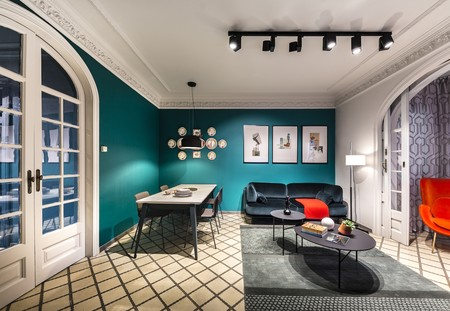 Puertas abiertas: una vivienda en el icónico Eixample de Barcelona inspirada en los años 50