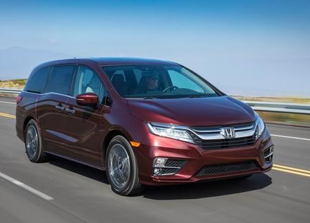 La Honda Odyssey traía regalito para mayores de 18: entretenimiento con categoría porno