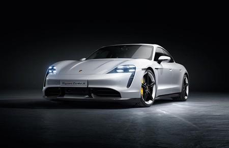 Porsche Taycan 2020 035