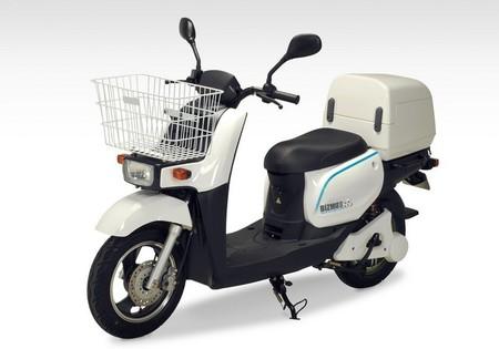 Bizmo II, el ciclomotor eléctrico de reparto de Terra Motors que promete hasta 150 km de autonomía