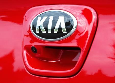 PROFEPA multa a KIA y Peugeot por vender autos sin haber obtenido antes un certificado ambiental
