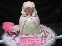 ¡Y Christina Aguilera sopló las tetas, digo las velas, por su cumpleaños!
