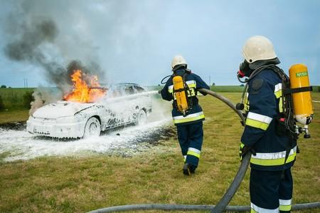 Fuego Coche Electrico 4