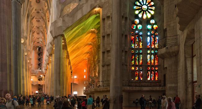 La Sagrada Familia Es El Lugar Que Mas Comentario Recibe De Sus Visitantes