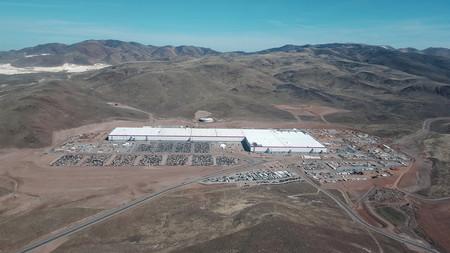 Tesla va a construir tres nuevas Gigafactorías: en el futuro contempla mantener hasta 20 plantas alrededor del planeta