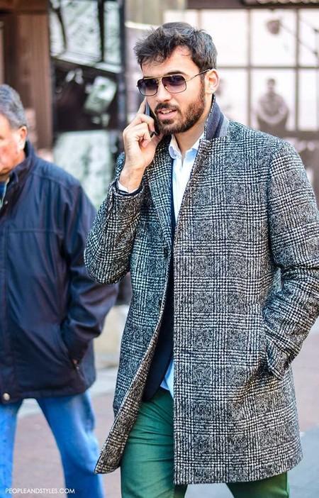 Los Cuadros Invaden El Mejor Street Style De La Semana Este Otono Alrededor Del Mundo 11