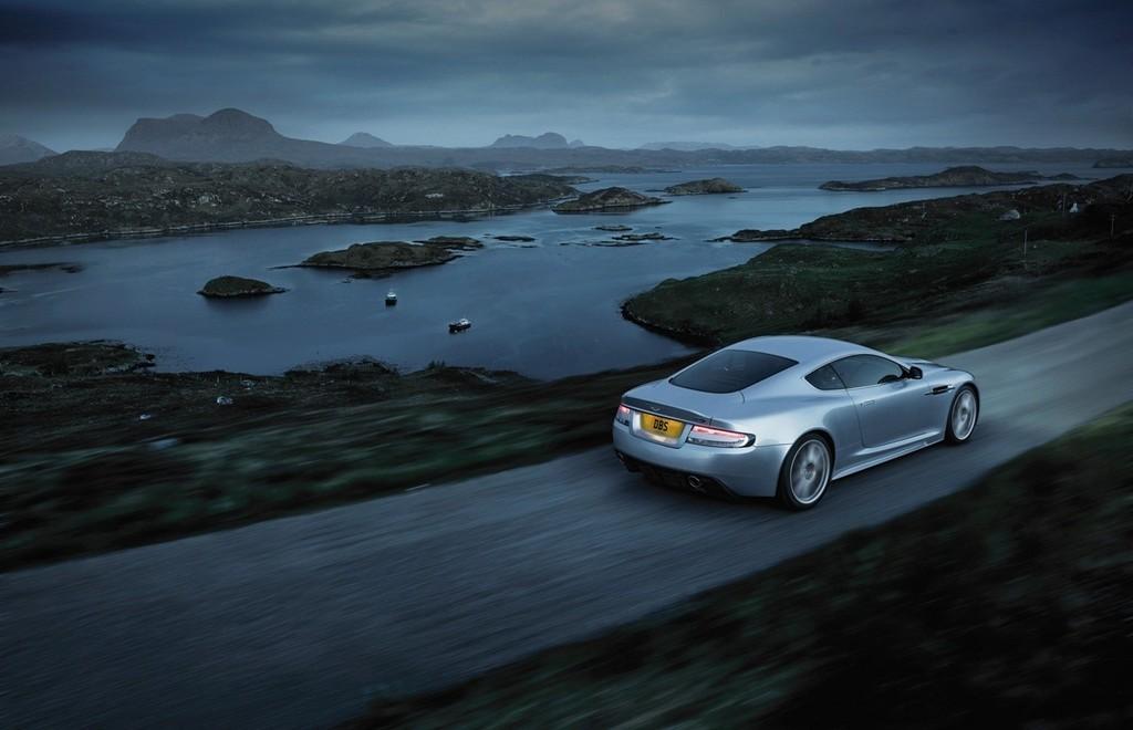 Foto de Aston Martin DBS (6/93)