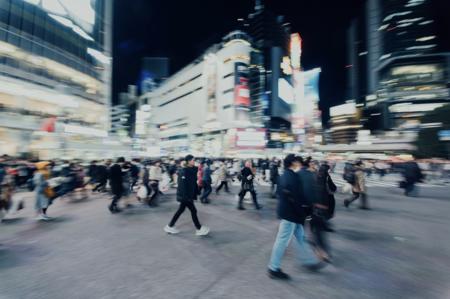 En Estados Unidos mueren atropellados un 51% más de peatones que hace una década (y no, el problema no parecen ser los móviles)