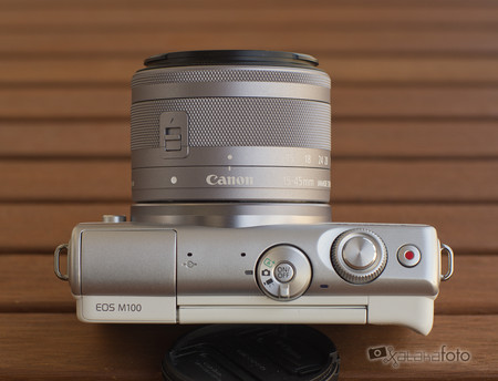 Review Canon Eos 100m 12