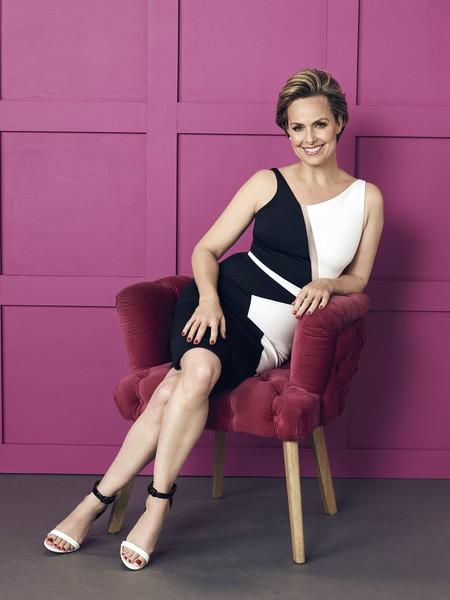 """Jacqueline Carlyle (de """"The Bold Type"""") es más que la jefa perfecta: sus outfits de oficina podrían inspirarte los 365 días del año"""