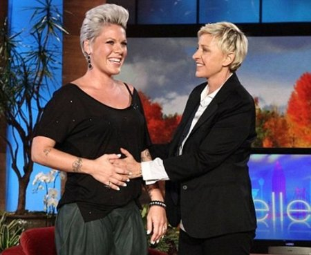 Efectivamente, Pink está embarazada, que se lo ha dicho a Ellen DeGeneres
