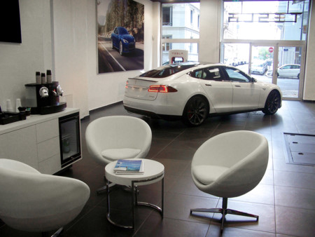 Tesla Shop Lyon