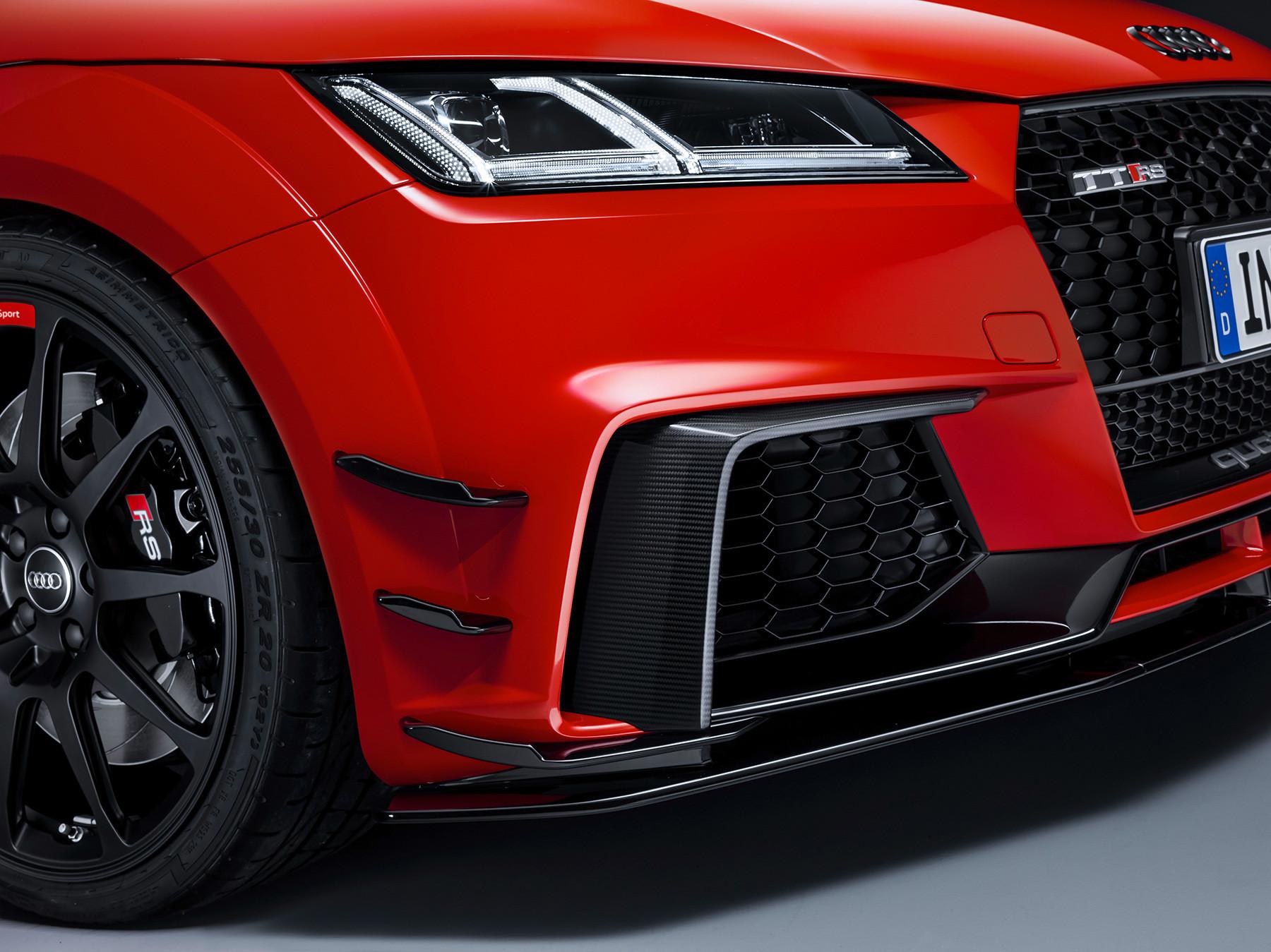 Foto de Audi Sport Performance Parts le inyecta más deportividad al R8 y TT (7/10)