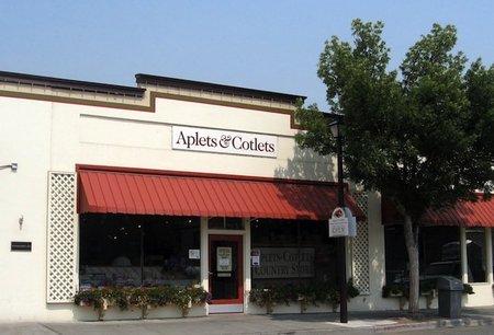 aplets-cotlets-factory-store-cashmere.jpg