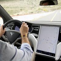En un futuro aceptarás ver anuncios en el coche... para ahorrarte la conexión y los servicios conectados